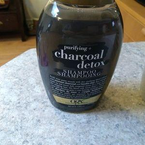 OGX Shampoo charcoal